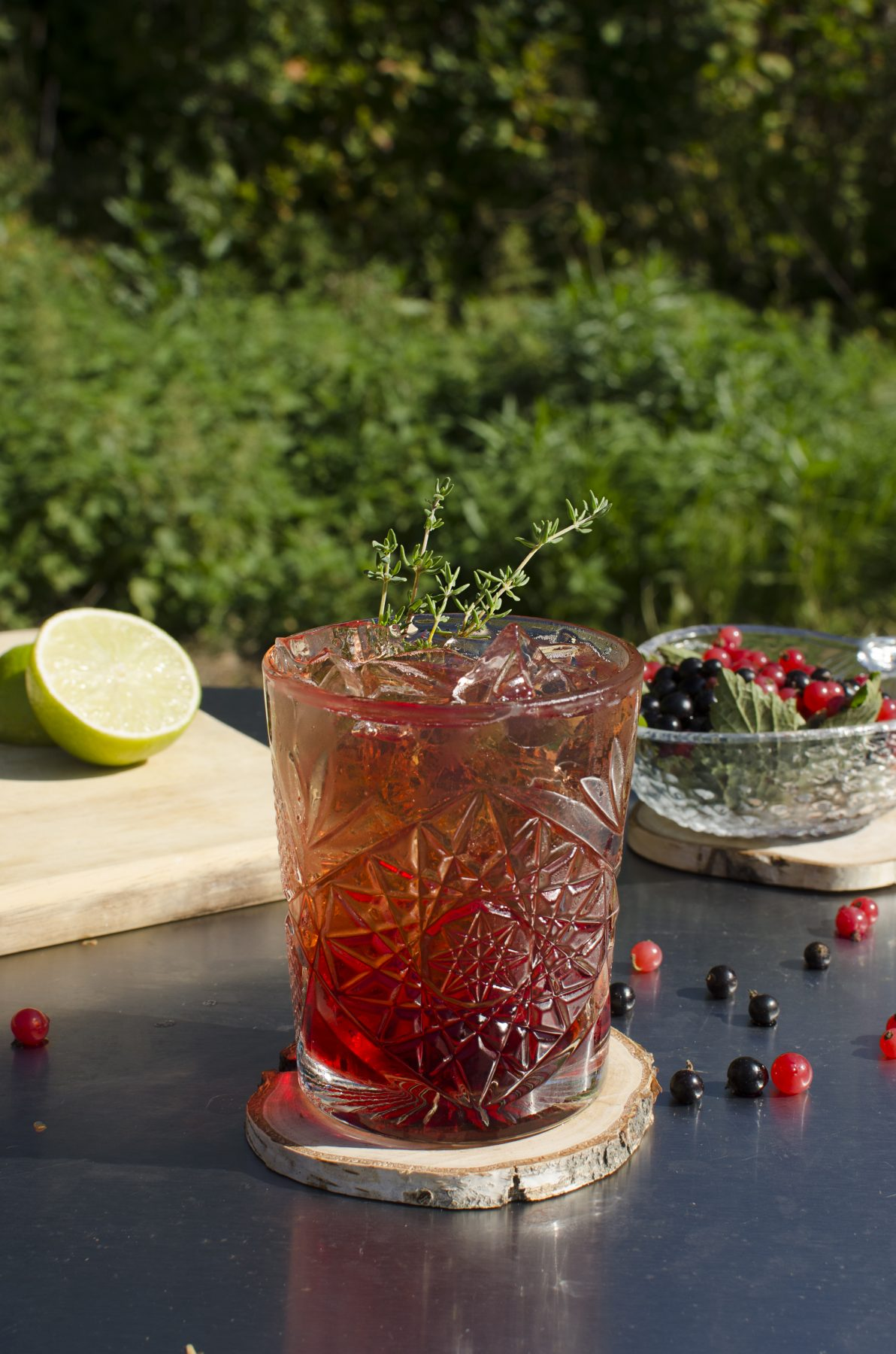 LINGONBERRY TONIC